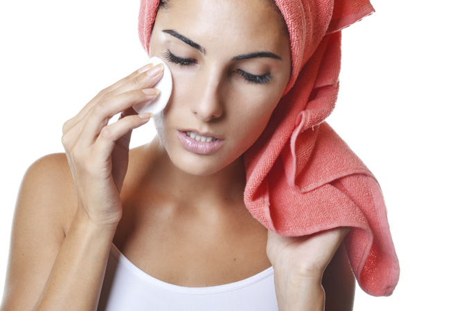 What is the difference between a mole and melanoma? - PICTURE - Women's Health & Fitness