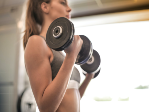 Cardio vs. Weightlifting – What to Consider for Losing Body Weight